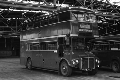 London Transport Rt And Rm Bus Photos